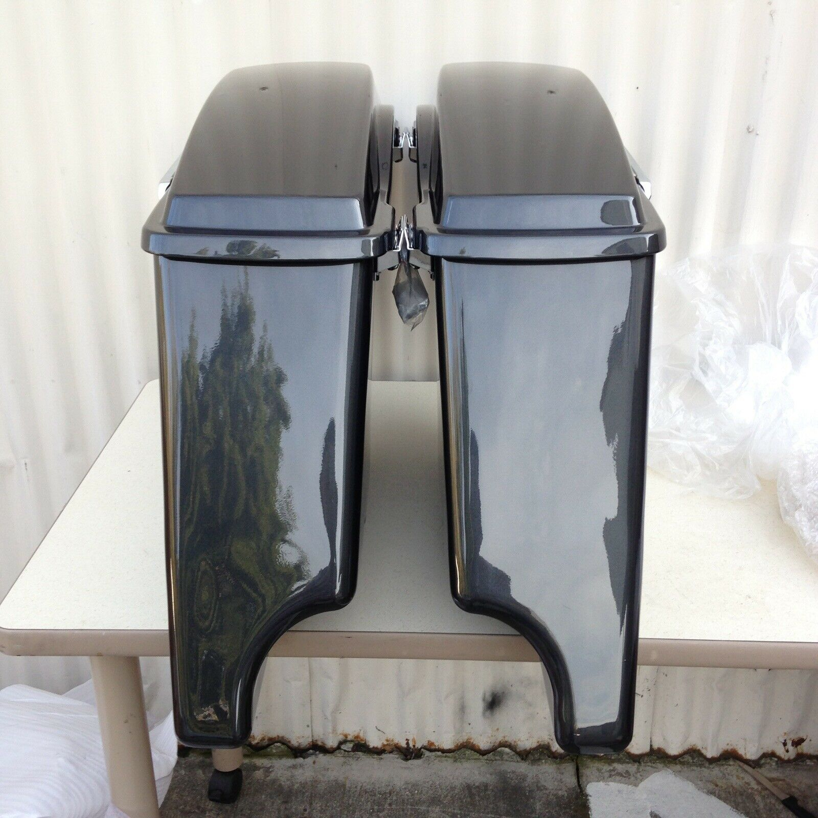 BLACK PEARL Stretched Harley saddlebags Road King