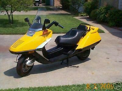 COMPLETE SET OF YELLOW HONDA HELIX CN250 FUSION SP