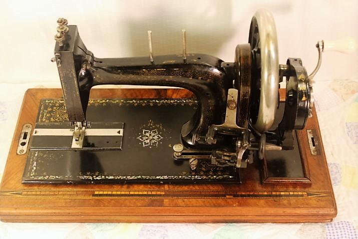 BERNHARD STOEWERHAND CRANK SEWING MACHINECIRCA 40 EBay Awesome Hand Crank Sewing Machines For Sale