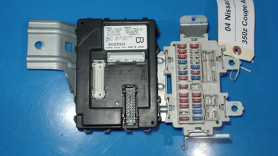 fuse box on nissan 350z 03-07 nissan z33 350z oem in-dash fuse box with fuses ...