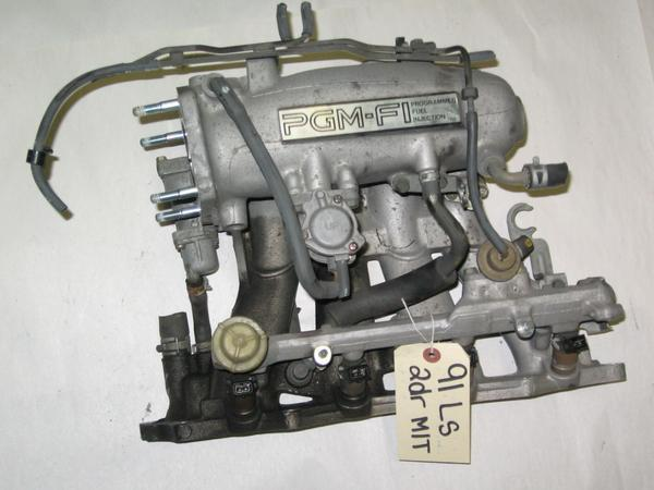 90-91 Acura Integra OEM intake manifold with injectors Auto transmission ONLY