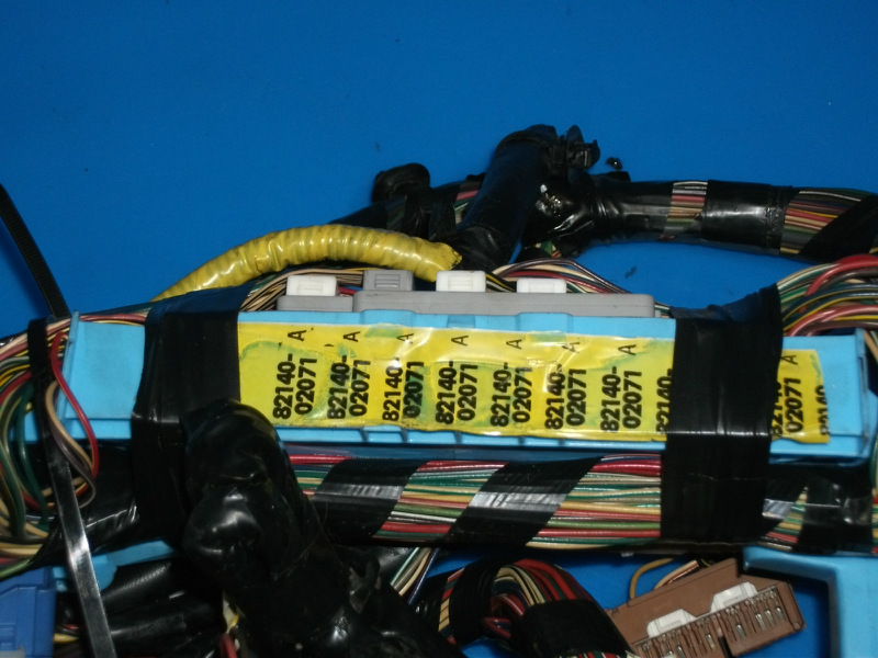 This Is Odometer Dash Wiring Harness Removed From A 2001 Toyota Corolla Should Fit 9802 But Please Double Check Part To Be Sure Of: 98 Toyota Corolla Wiring Harness At Sewuka.co