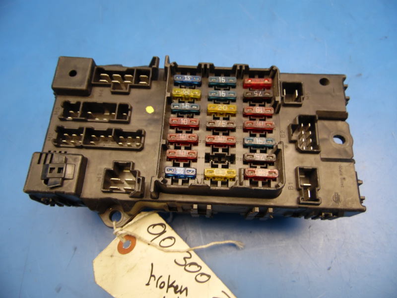 90 96 nissan 300zx oem in dash fuse box with fuses and relays 1993 300Zx Location of Fuse Box  IS300 Fuse Box 1990 300Zx Fuse Diagram 90 Nissan 300ZX Fuse Box Layout