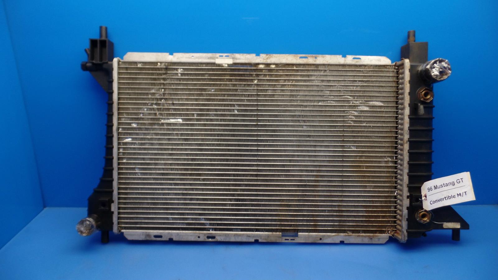 94 98 ford mustang oem engine cooling radiator gt 4 6l ebay. Black Bedroom Furniture Sets. Home Design Ideas