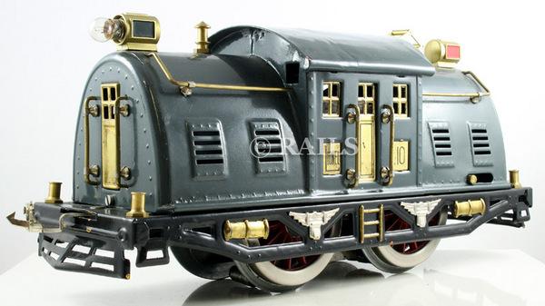 Pre war lionel standard gauge trains