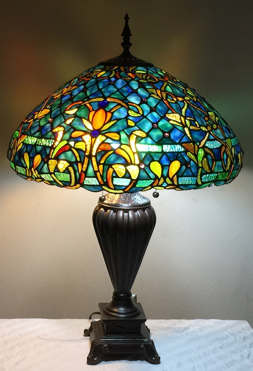 about tiffany style stained glass table lamp azure sea w 20. Black Bedroom Furniture Sets. Home Design Ideas