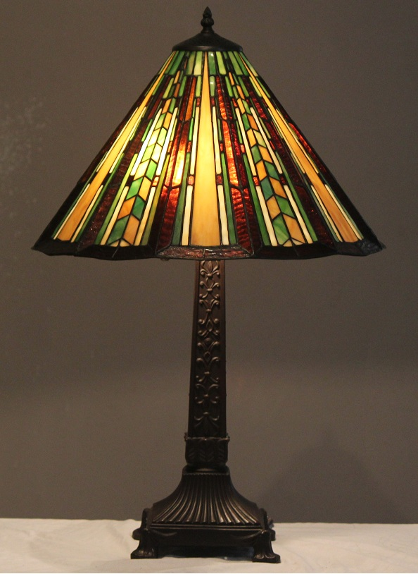 tiffany style stained glass mission lamp prairie w 18 shade. Black Bedroom Furniture Sets. Home Design Ideas