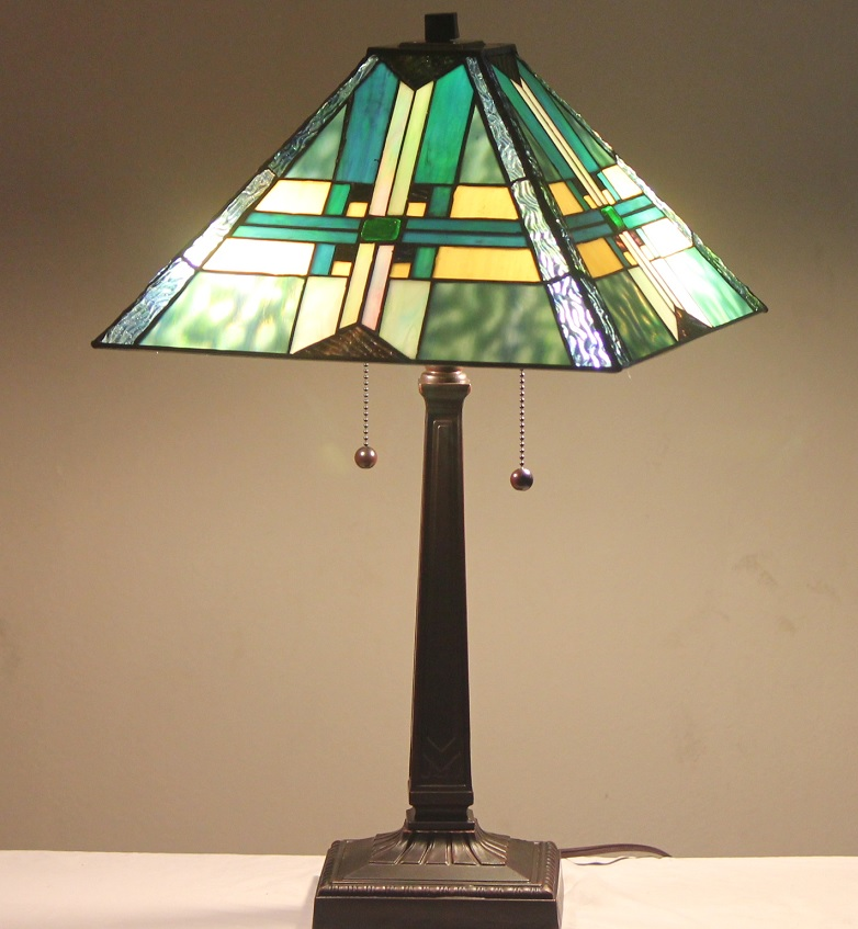 tiffany style stained glass mission lamp stratmore w. Black Bedroom Furniture Sets. Home Design Ideas