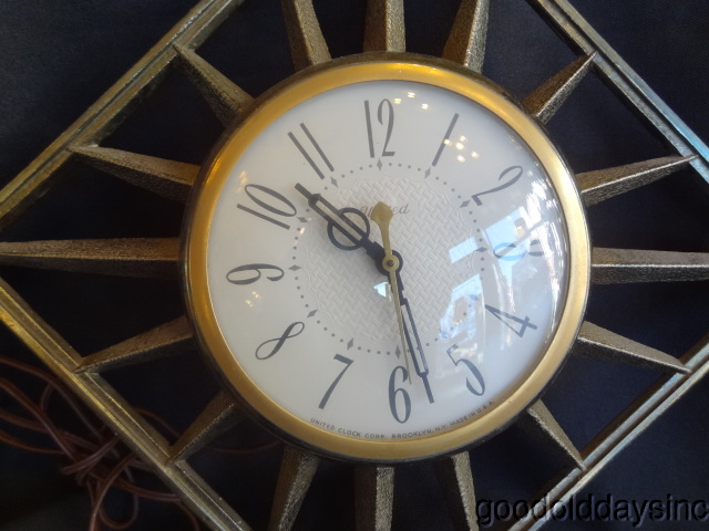 Vintage Mid Century Modern Electric United Wall Clock Sunburst