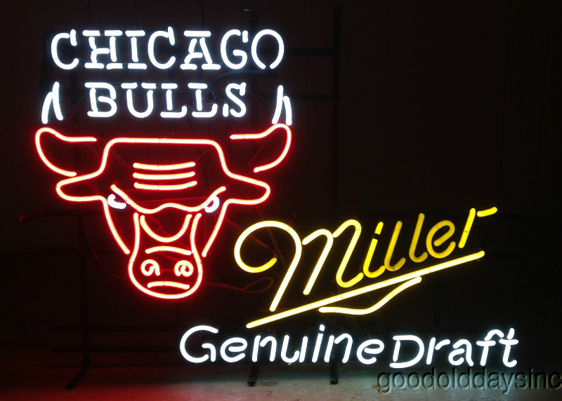 1990s Chicago Bulls MGD Miller Genuine Draft Neon Sign