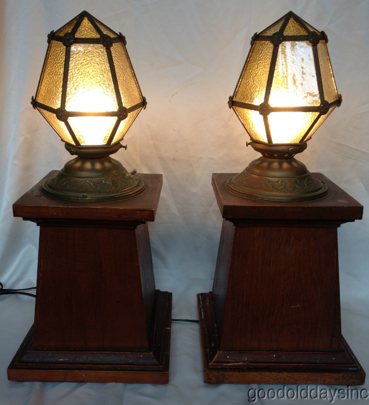 Oak Wood Room Divider Lights with Stained Glass Shades