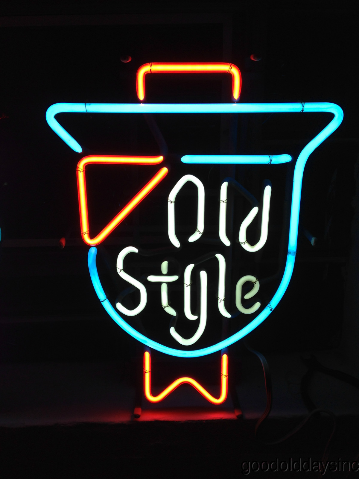 "Small Vintage Old Style Neon Beer Sign 20"" x 15"""