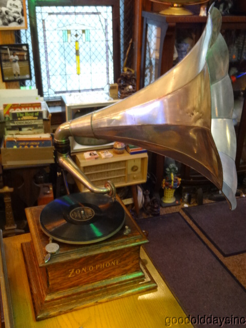 Zonophone Horn Phonograph
