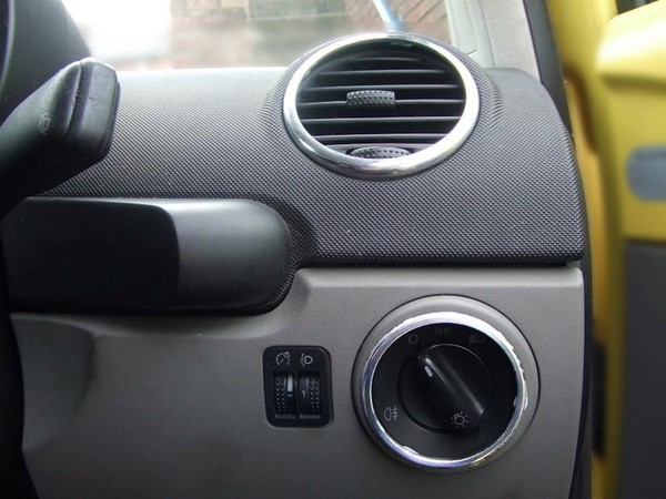1999 volkswagen beetle interior. Volkswagen Beetle Interior