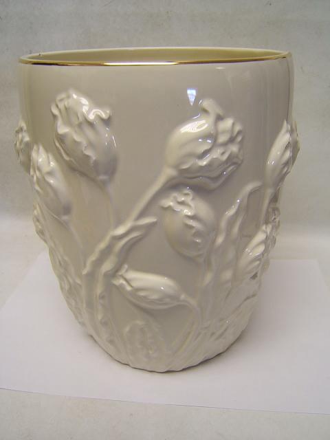 Lenox Tulip Vase Cream W Gold Trim 10 Tall Tulip Design Usa Good