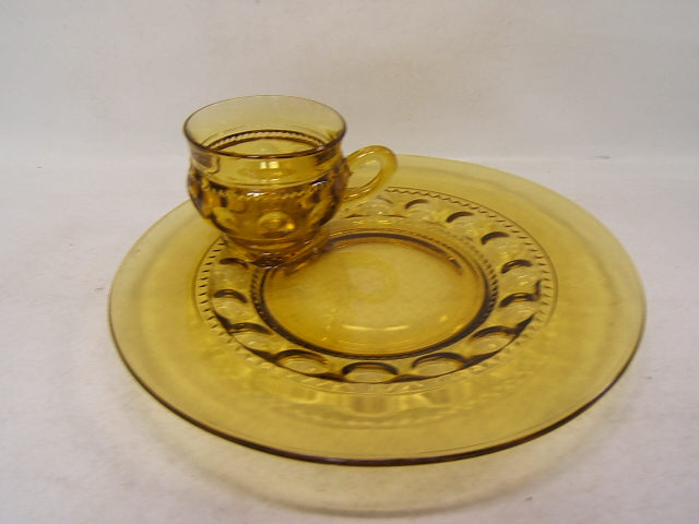 Indiana Snack Tray with Cup King/'s Crown Amber