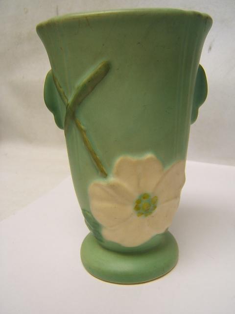 Weller Magnolia Vase Soft Green W Cream Flower 612 Tall Good Used