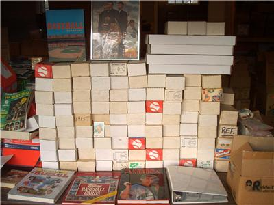 10,000 OLD BASEBALL CARD COLLECTION. HUGE LOT