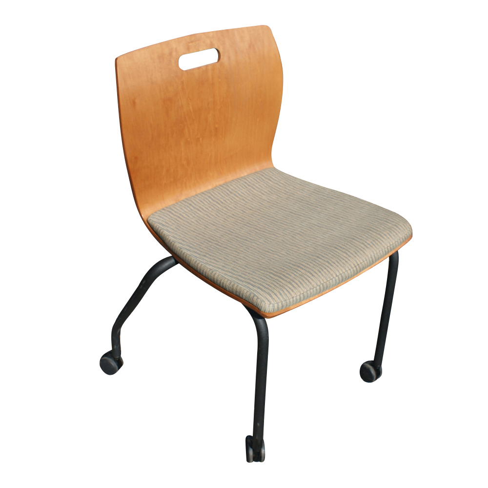 Metro Retro Furniture 1 Steelcase Rover Side Stackable Task Chair