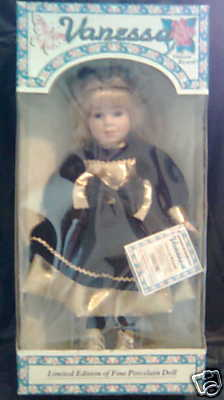 Ez Dee El S Authentic Vanessa Ricardi Porcelain Doll In