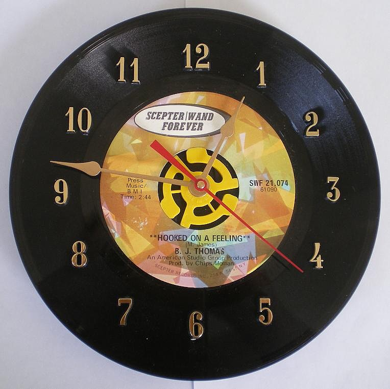 "B.J. Thomas 45 Record Clock ""Hooked on a Feeling"""