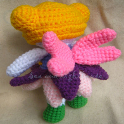 Amigurumi Butterfly Tutorial : AMIGURUMI BUTTERFLY PATTERN FREE Knitting PATTERNS