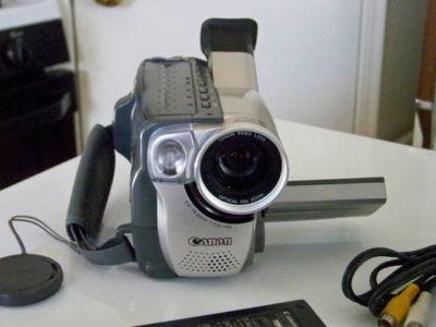 The Smart Picker : CANON VIDEO CAMCORDER ES8400V Hi8 8MM