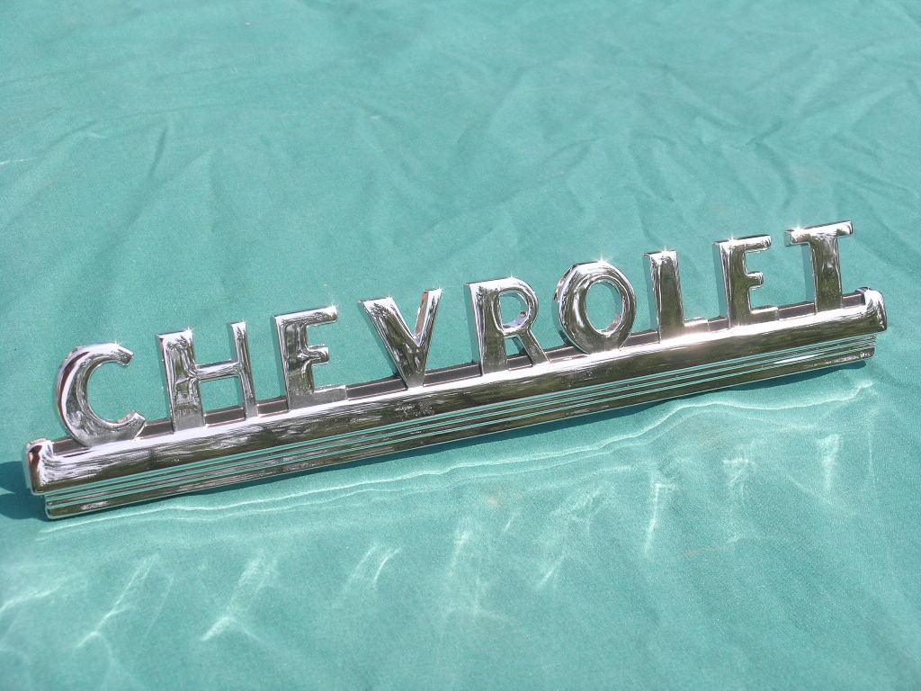 Vintage V8 Parts and Supply co. : 1947-53 CHEVROLET Pickup Hood emblem