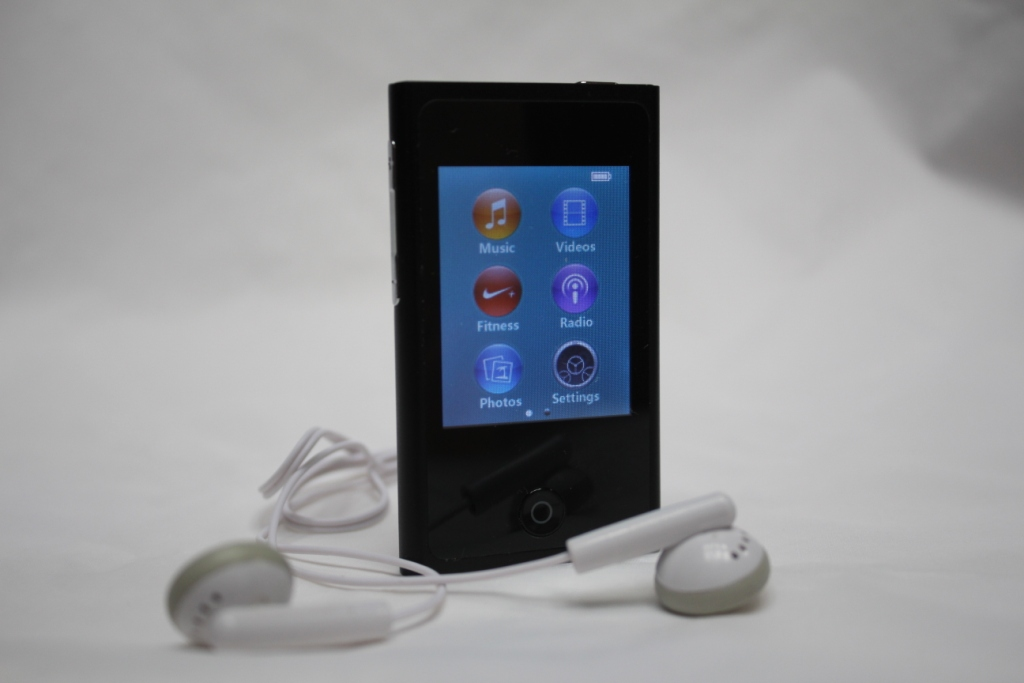 "32GB 2.0"" MP3/MP4 Touchscreen Touch screen Music P"