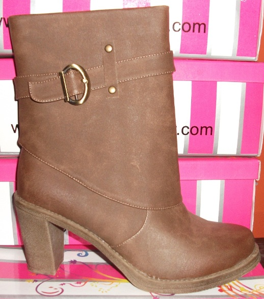 CAMEL BUCKLE STRAP BOOTS