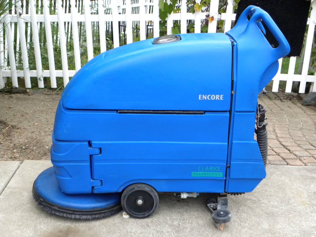 Antique1977 clarke alto encore 20 automatic floor for Floor scrubber