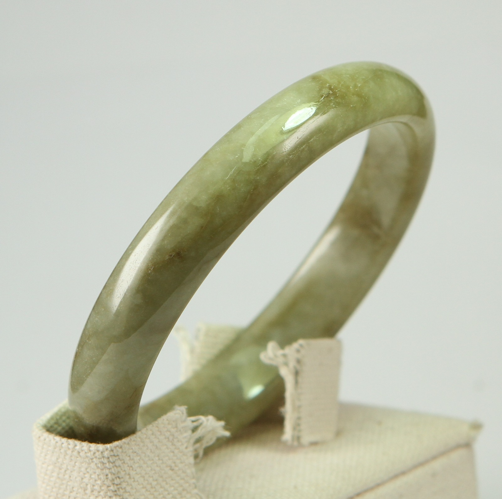 Perfect Chinese Jadeite JADE Bangle Grade A 60MM Natural Untreated 100/%