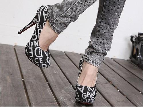 Кожаные недорогие туфли