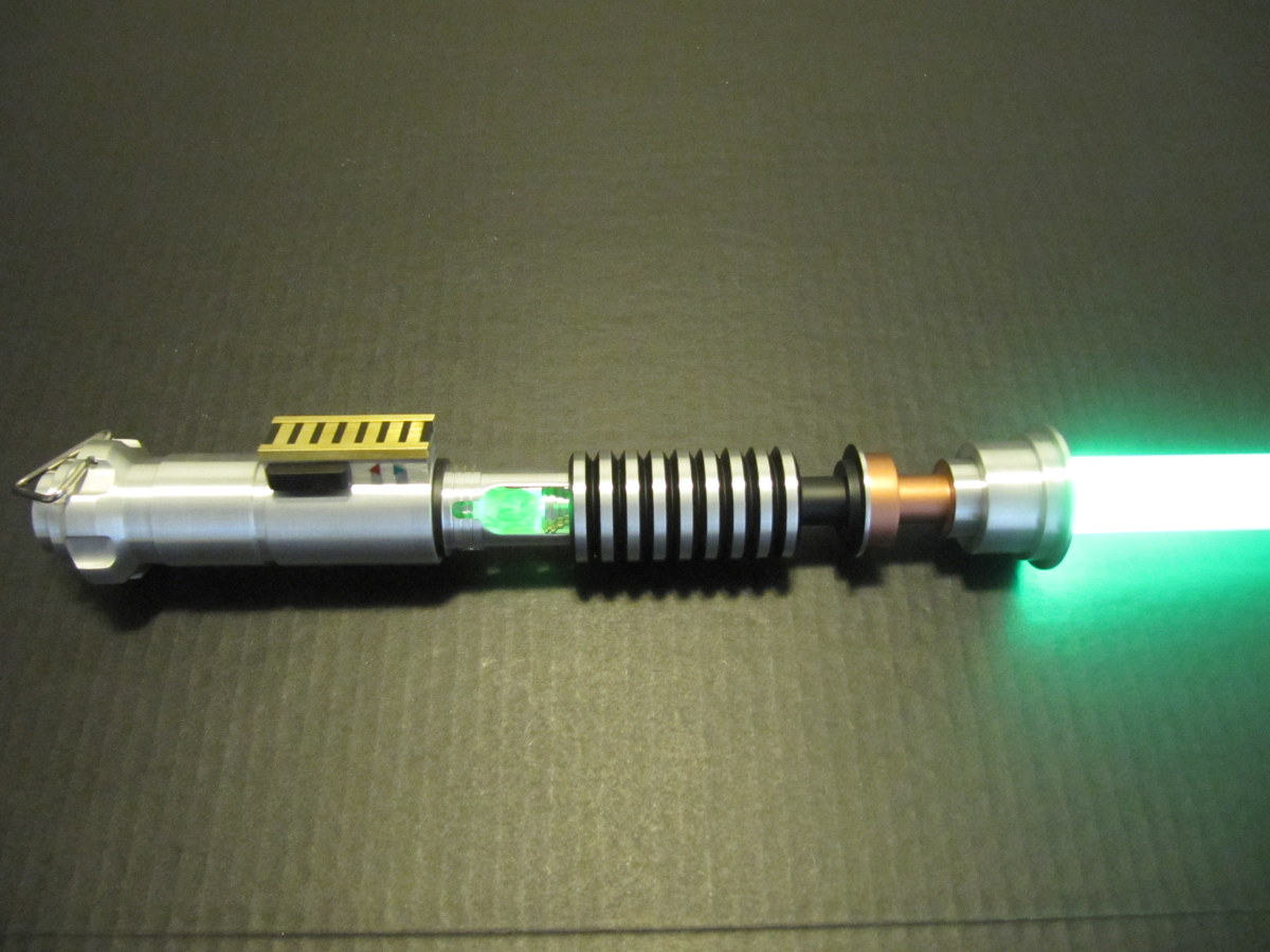 Saberforge111 Custom Saber With Crystal Chamber Not Fx