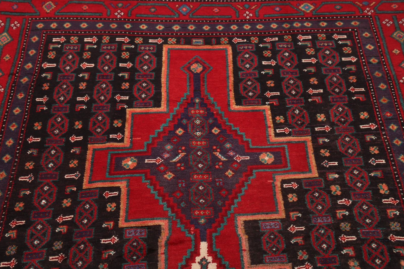 Vintage Geometric Wide Runner 5x11 Sanandaj Bijar Persian