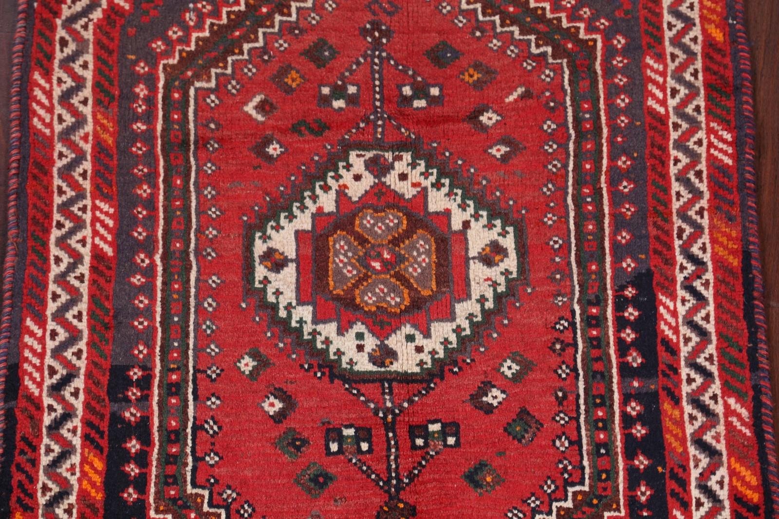 Foyer Rug Uk : Clearance geometric foyer size shiraz persian oriental