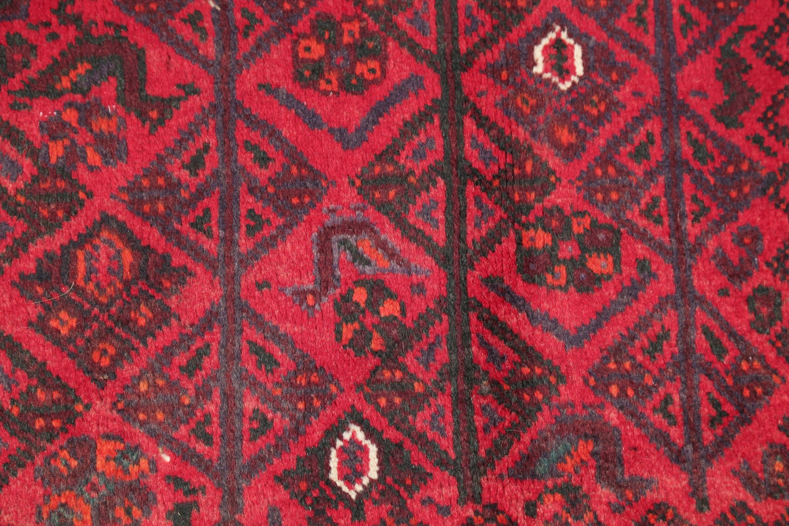 Special Deal Vintage Geometric Tribal 7x10ft Shiiraz