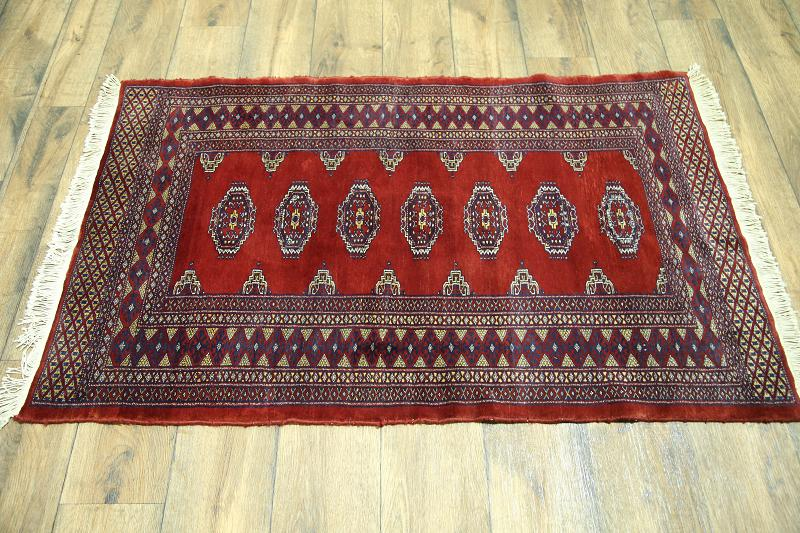 What Size Should Foyer Rug Be : Geometric foyer size red bokhara pakistan oriental