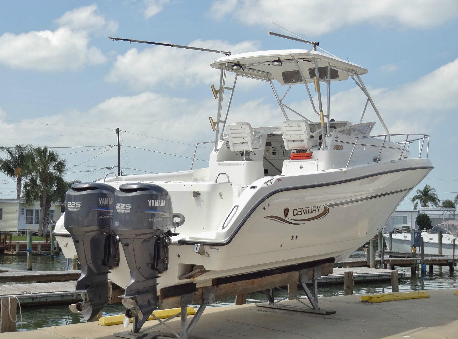 Wholesaleingfla 33ft century 3200 walk around cuddy for Yamaha fishing boats