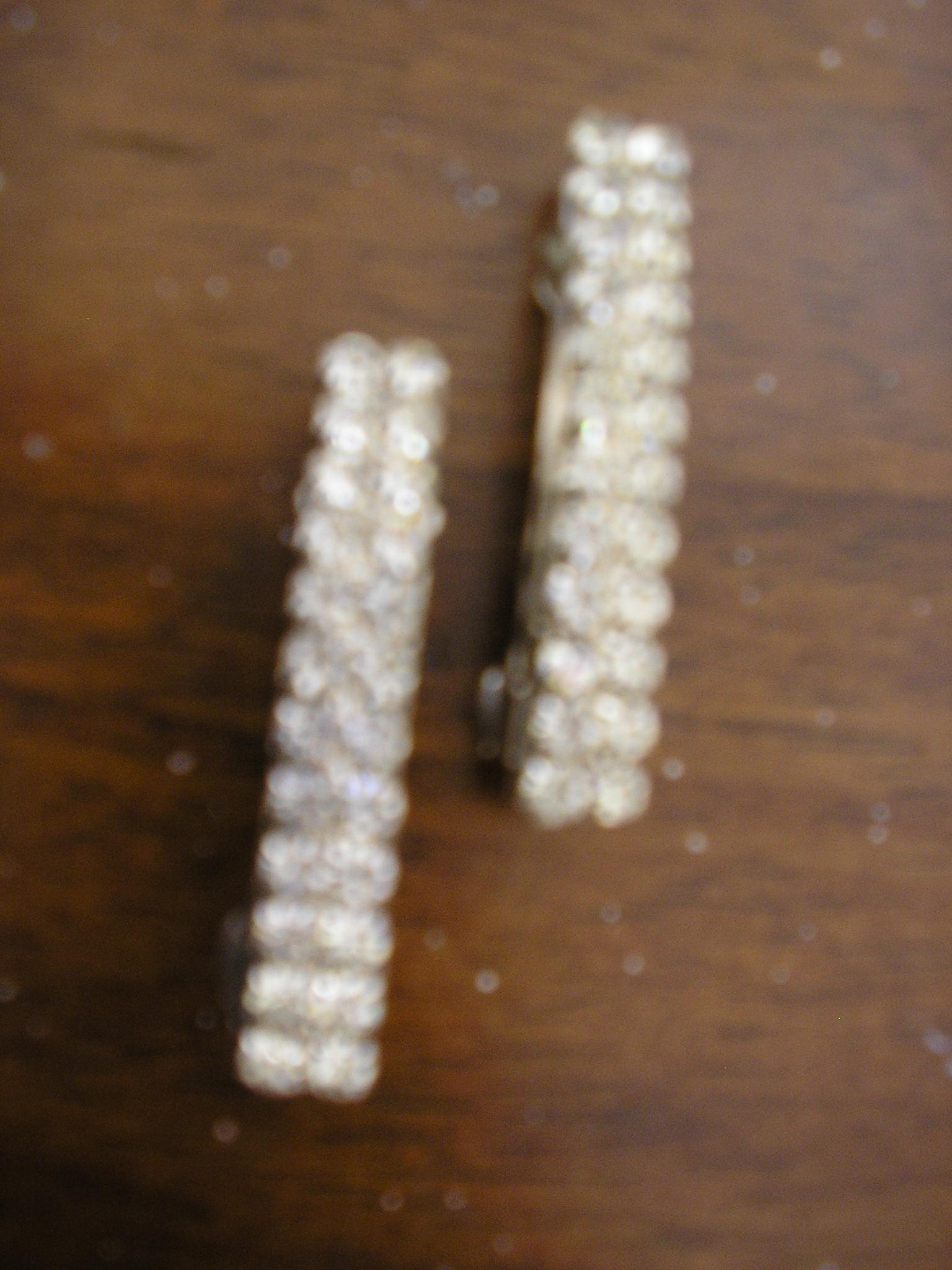 2 silver rhinestone barrettes. length-1.5