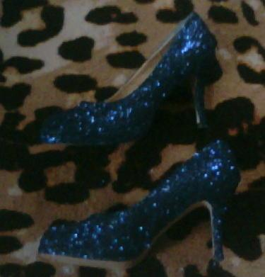blue glitter platform pumps sz 9