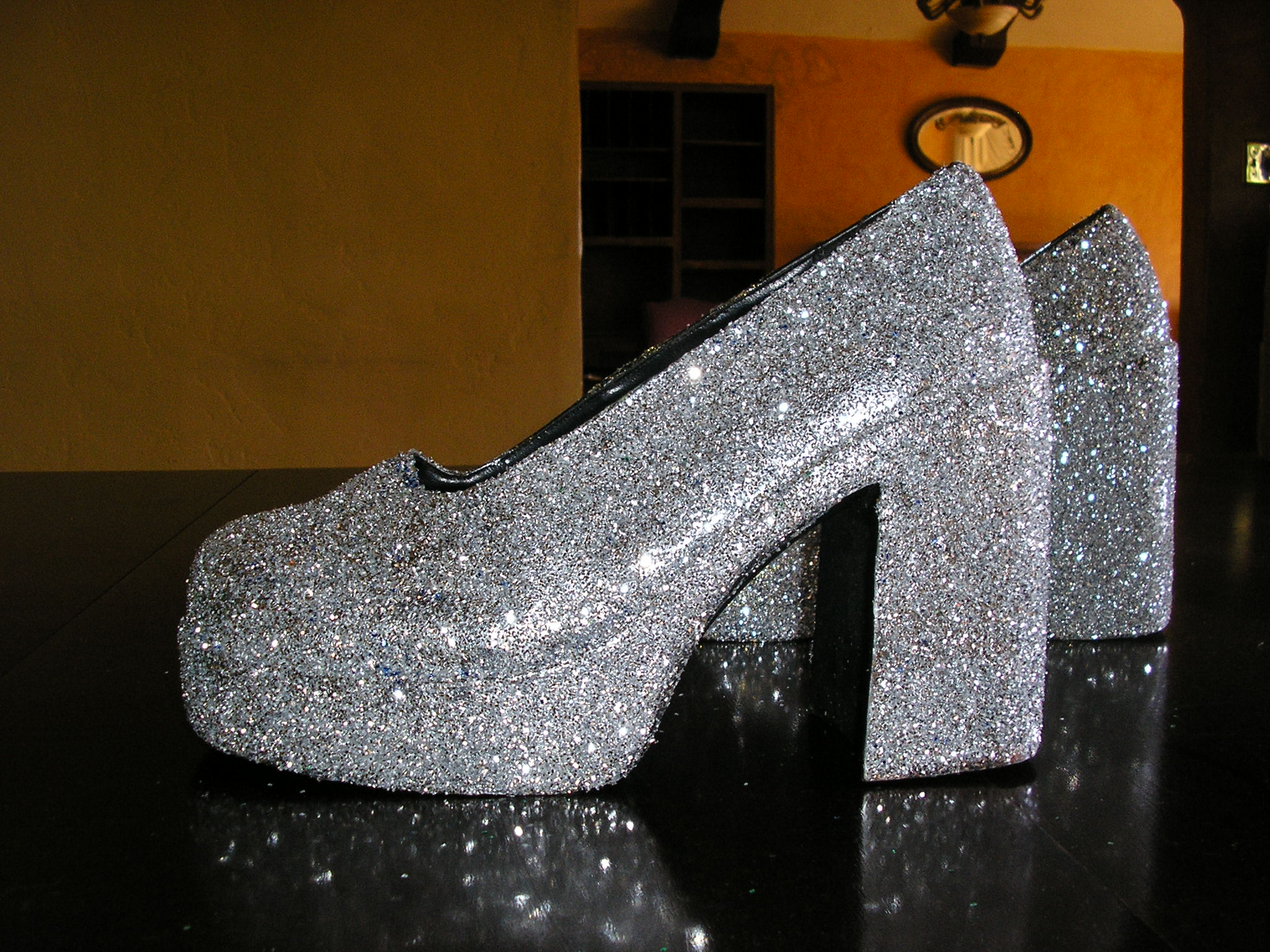 groovy silver glitter pimp platform shoes size 10