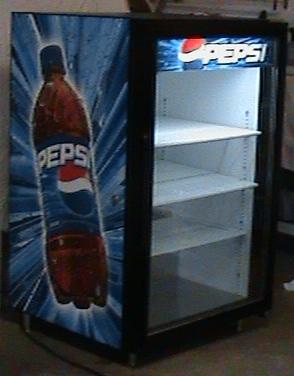Coca Cola Fridge >> jpn52268 : Pepsi-Coke-beer cooler/ refrigerator (True GDM-7)