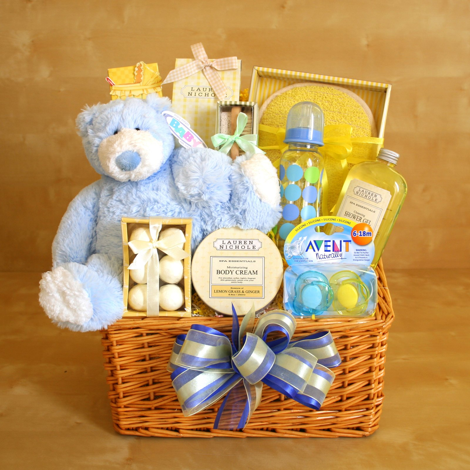 Gift Baskets Created : New Mom Baby Gift Basket