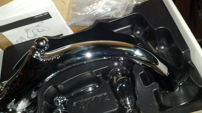 MOEN T933 Brantford 2-Handle High Arc Roman Tub Faucet in Chrome ...