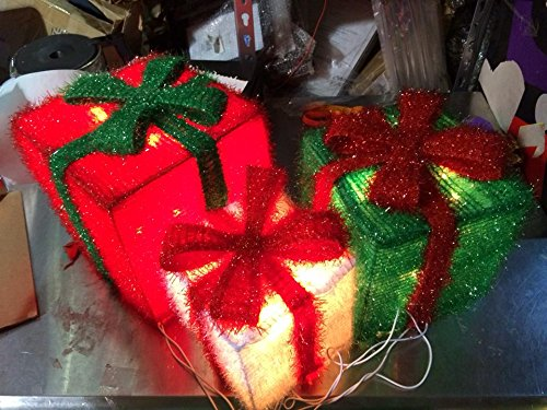 Chill-out Red Green and White 3-D Tinsel Christmas