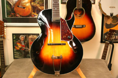Loar Hand Carved Cutaway Archtop Guitar W Pick Up