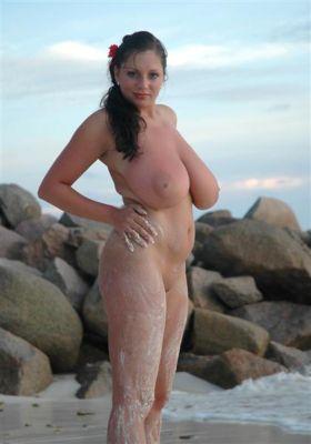 pics Beach Nadine Jansen