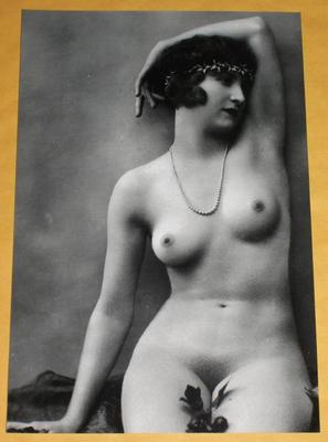 sexy 1900s vintage nude model photo naked flapper girl