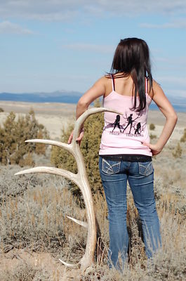 Hot girls hunting Mens Womens 3 Sexy Girls Holding Deer Elk Horns Shed Hunting Tshirt Shirt Tank Cdandjg